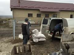 Opkopen van granen van dorpelingen